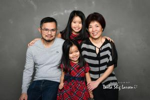 DSC 1804 FV Amy Le family