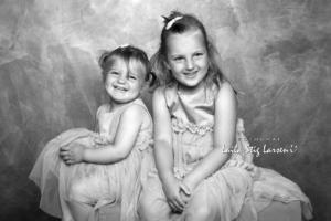DSC 2830 SH søstre